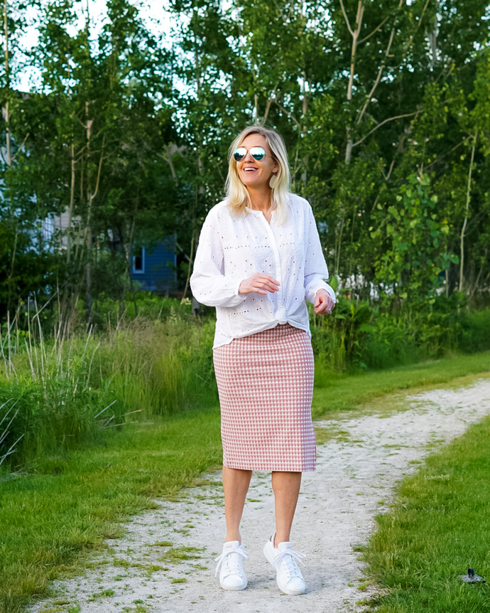 what to wear with a gingham skirt