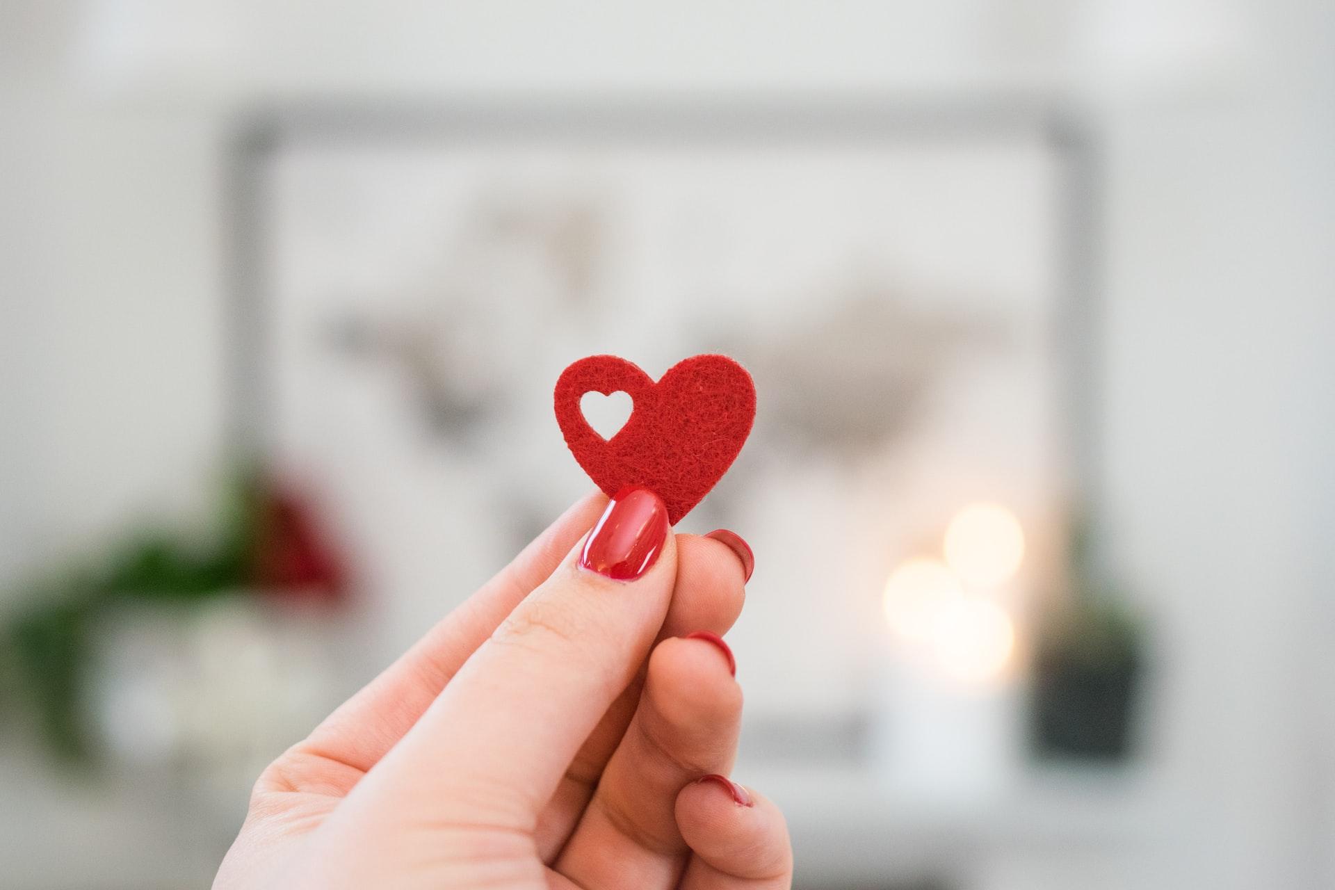 Senarai Hadiah Boleh Diberi Sempena Valentines Day Untuk Yang Tersayang