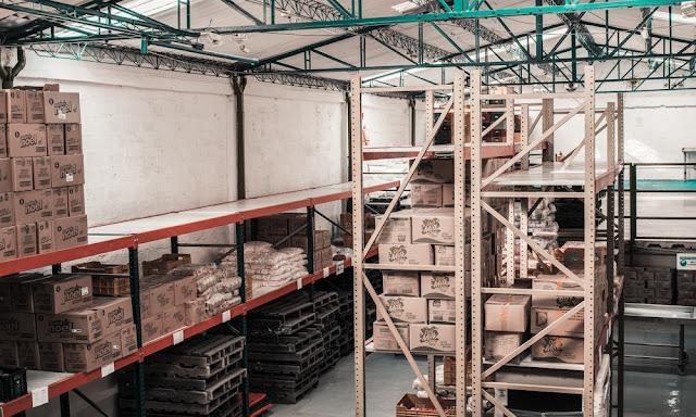 Tetap Aman Berbelanja Selama Pandemi dengan Logistik SELOG Express