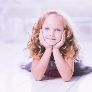 cute girl whatsapp dp images download