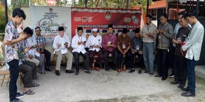 Paslon Bupati Solok, HendRA – MAHyuzil Resmi Mendaftar ke KPU, Jalur Independent