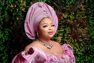 Dayo Amusa fashion and style looks latest