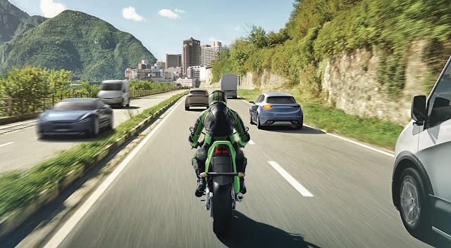Kawasaki-Advanced-Rider-Assistance-System-1
