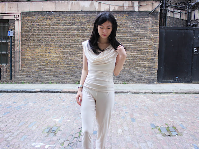 atom label review, jolaby review, atom label jolaby, atom label blog review, jolaby brand, jolaby jumpsuit, atom label jumpsuit review, nitrogen jumpsuit, atom label uk, jolaby uk, atom label drape dress