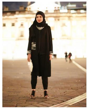 Contoh Model Baju Muslim Monokrom Rancangan Zaskia Sungkar Trend