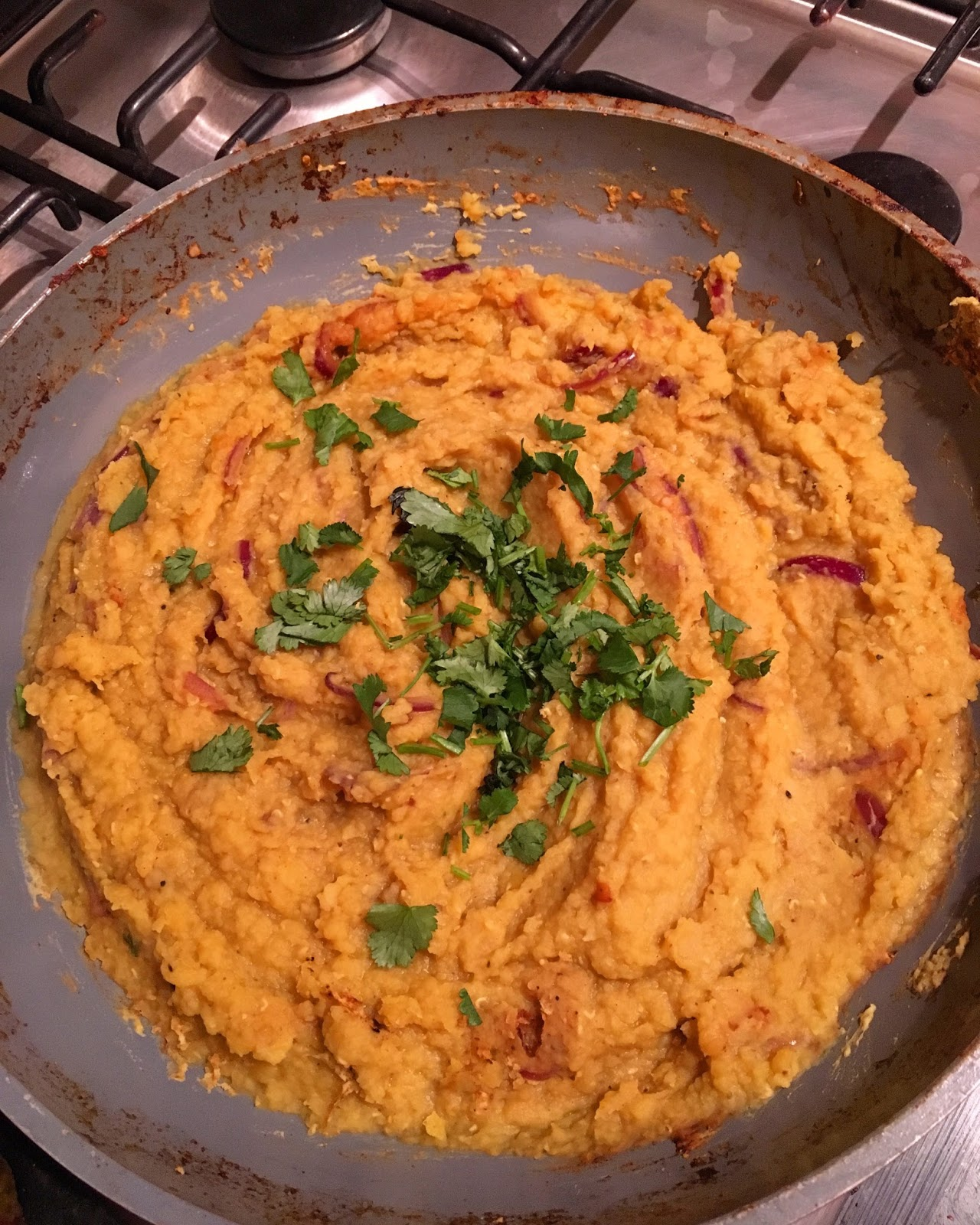 15-minute red lentil dhal