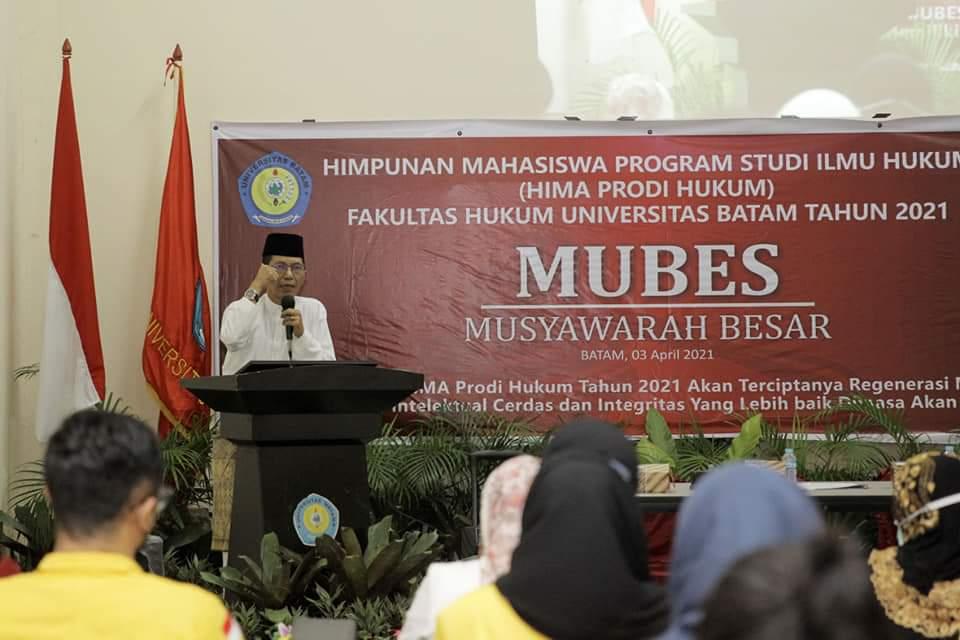 Wakil Walikota Batam Menghadiri Mubes Himpunan Mahasiswa Prodi Hukum Uniba