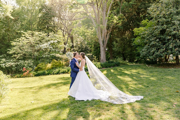 Spring Waterfront Wedding at London Town and Gardens in Edgewater, MD photographed by Maryland Wedding Photography Heather Ryan Photography
