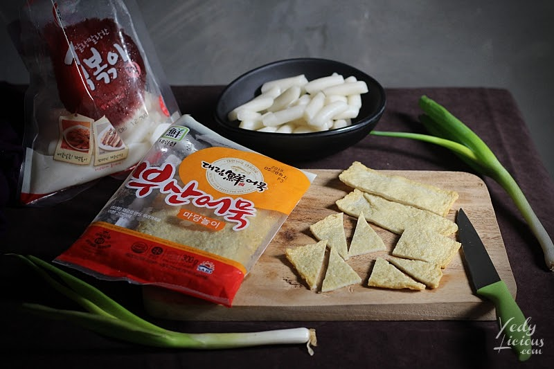 Korean Fish Cake Odeng, How To Make Tteokbokki Dukbokki Toppoki Korean Spicy Rice Cake Recipe, Popular Korean Street Food Snack Recipe, 떡볶이, Best Easy Tteokbokki Recipe, Tteokbokki Manila, Korean Food Recipe, Where To Buy Tteokbokki Korean Spicy Rice Cake in Manila, Top Best YedyLicious Manila Food Blog, Yedy Calaguas