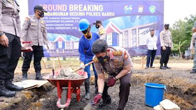 Kapolda Sulsel Letakan Batu Pertama Pembangunan Gedung Polres Barru