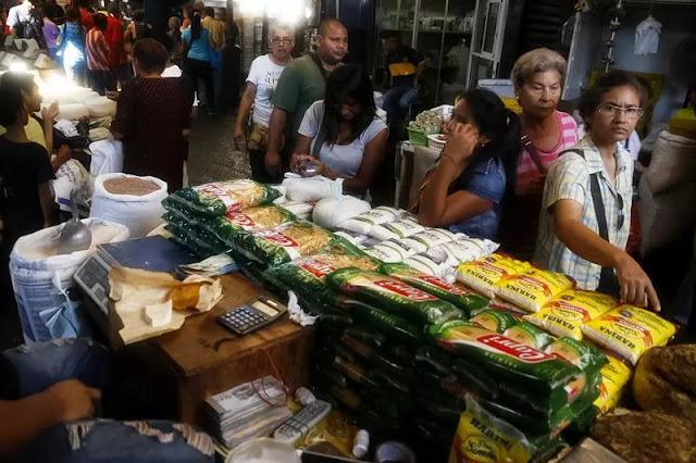 """Trabajadores y comerciantes califican como """"abusivo"""" impuesto decretado por la Sumat"""