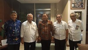 Jemput Bola, Bupati Samosir Jumpai Menteri PUPR Bahas Lanjutan Pembangunan Infrastruktur Wisata
