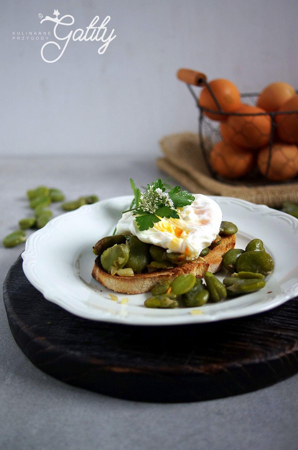jajko-na-kromce-chleba