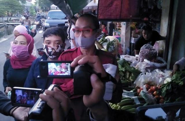 Komite Pedagang Pasar Mendukung Larangan Penggunaan Kantong Plastik di DKI Jakarta