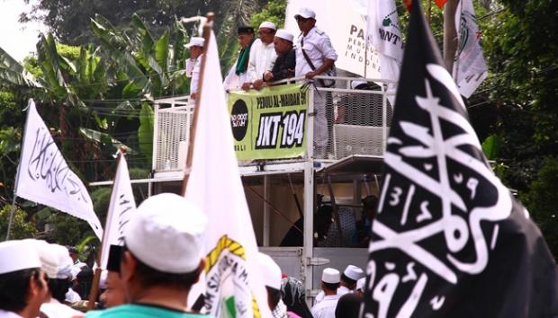 [Video] Ustad HTI: Jutaan Muslim Indonesia Musyrik karena Mengakui Hukum Thogut
