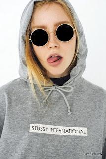 model kaos distro Stussy yang mendunia