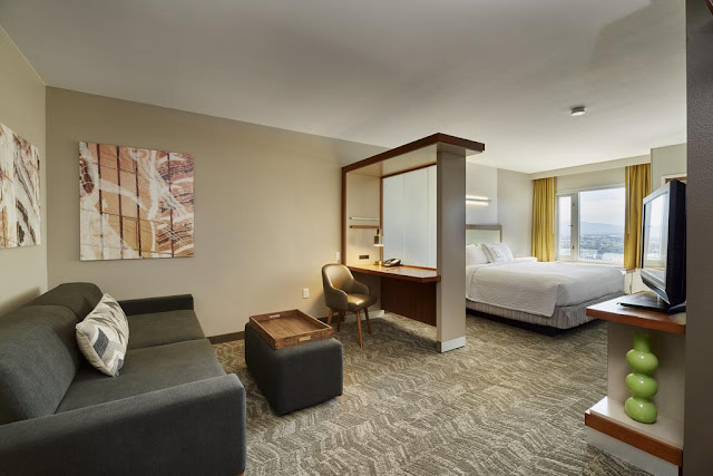 This suite hotel near the Las Vegas Convention Center, SpringHill Suites by Marriott offers spacious suites with free Wi-Fi and free Breakfast.