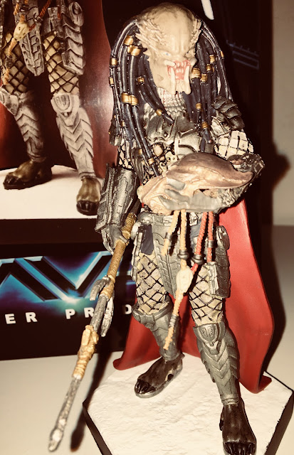 Issue 16 AVP Elder Predator Figurine