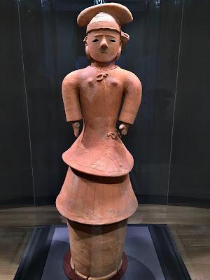 埴輪 盛装女子(東京国立博物館)
