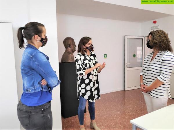 Nieves Hernández visita las instalaciones de Funcasor para profundizar en la labor que la fundación desarrolla en la isla
