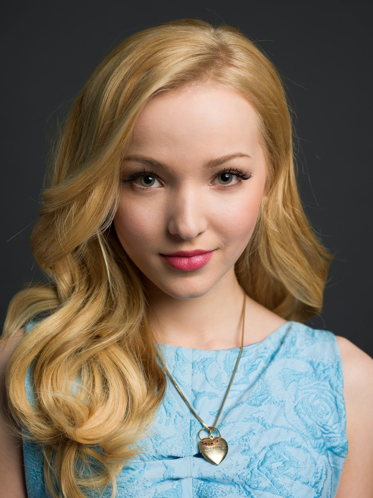 Dove Cameron HD Pictures | HD Wallpapers of Dove Cameron
