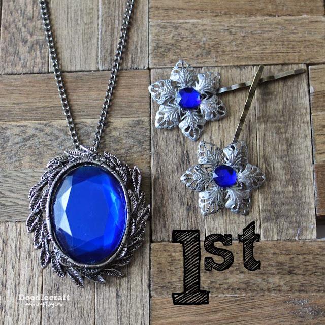 http://www.doodlecraftblog.com/2014/11/william-hartnell-blue-crystal-signet.html