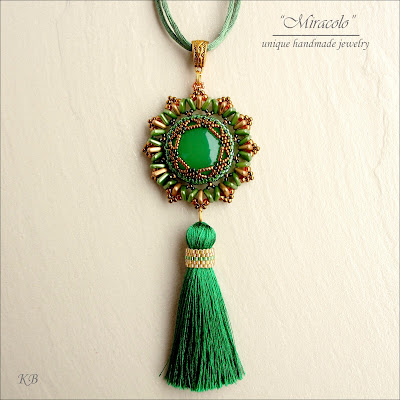 wisiorek z chwostem , pendant with tassel