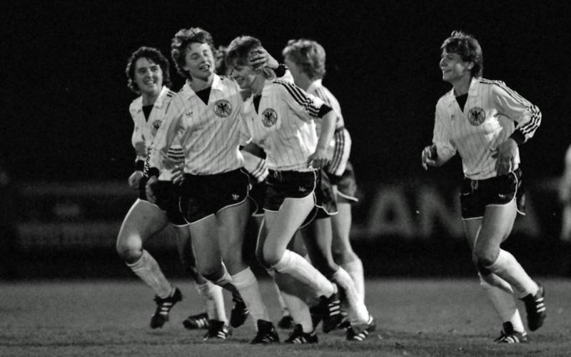 Seleção Alemã joga sua primeira partida contra a Suíça (Imago/Sven Simon)