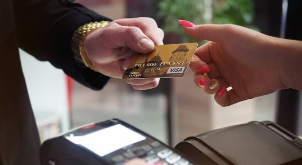 4 Fautes de cartes de crédit pour entreprises à ne pas commettre