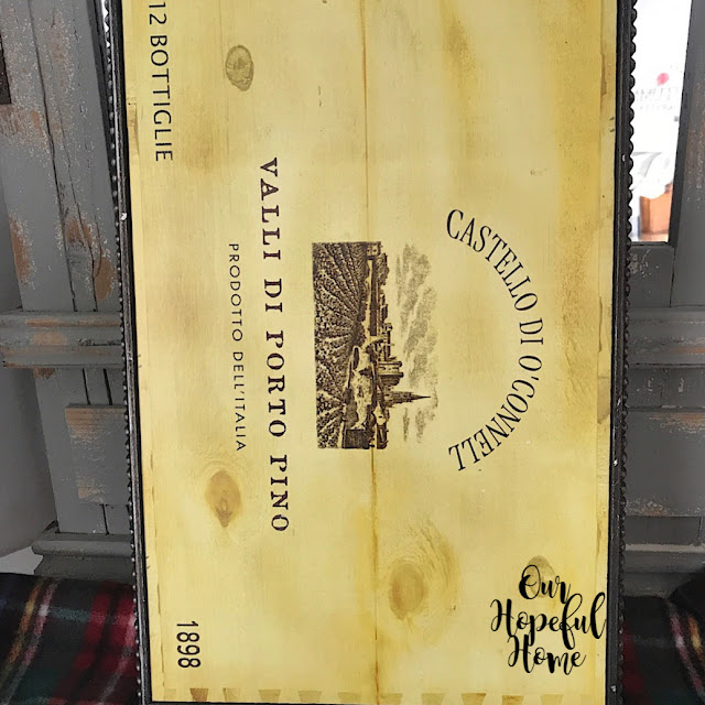 Italian wine cellar sign