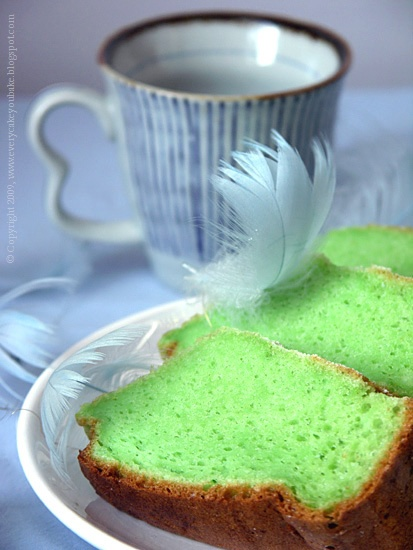 pandan chiffon cake - pandanowe ciasto szyfonowe