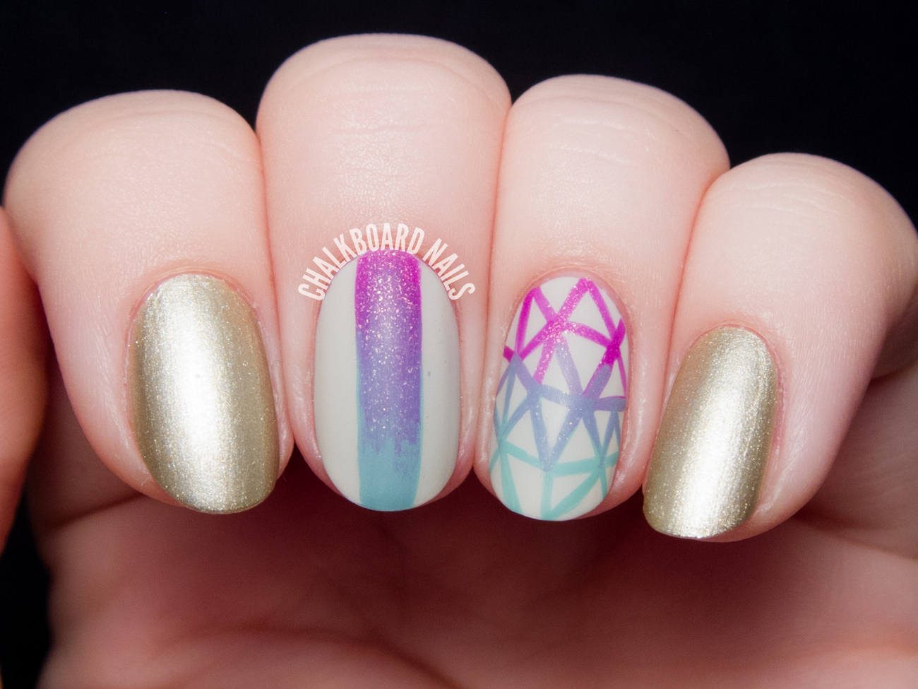 Geometric Gradient Nail Art by @chalkboardnails