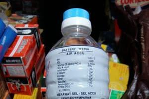 Harga Air Aki Murni Untuk Menamah Jumlah Elektrolit Yang Kurang