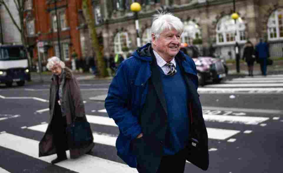 Padre de Boris Johnson solicita la ciudadanía francesa