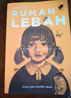 Novel Rumah Lebah Karya Ruwi Meita