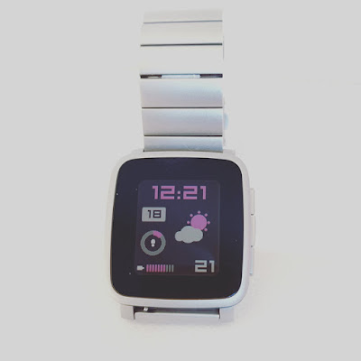 Uberwatch watch face for Pebble by dP-watchfaces