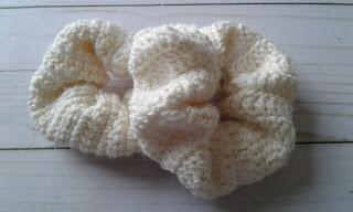 scrunchie cream color crochet