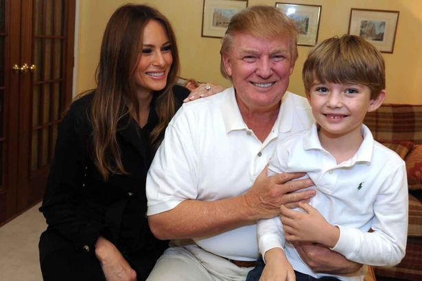 Melania Trump e o filho Barron não vão se mudar para a Casa Branca depois da posse de Donald Trump em janeiro, The Post relatou