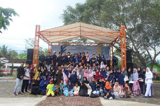 Foto Bersama dalam Acara Education Fair 2019