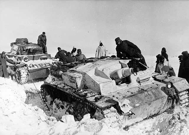 Panzer III towing a StuG III, April 1942 worldwartwo.filminspector.com