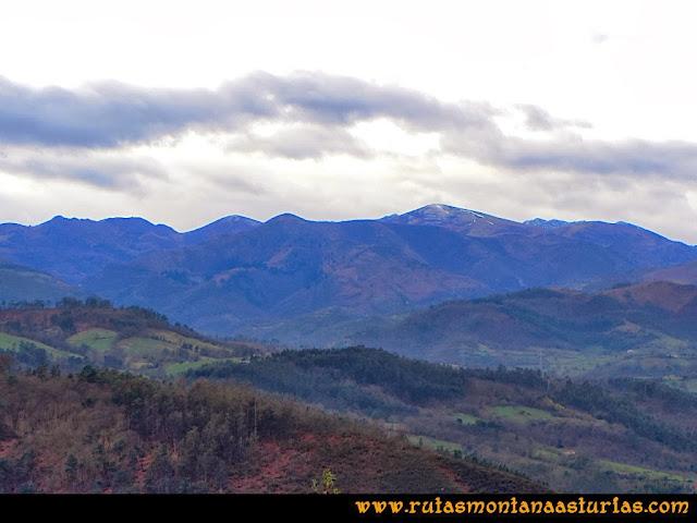 Rutas Montaña Asturias: Vista del Caldoveiro