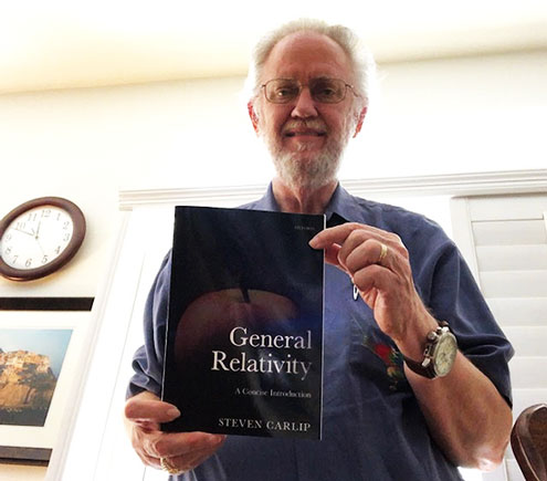 General Relativity by Steven Carlip, UC Davis, is indeed a concise introduction (Source: Palmia Observatory)
