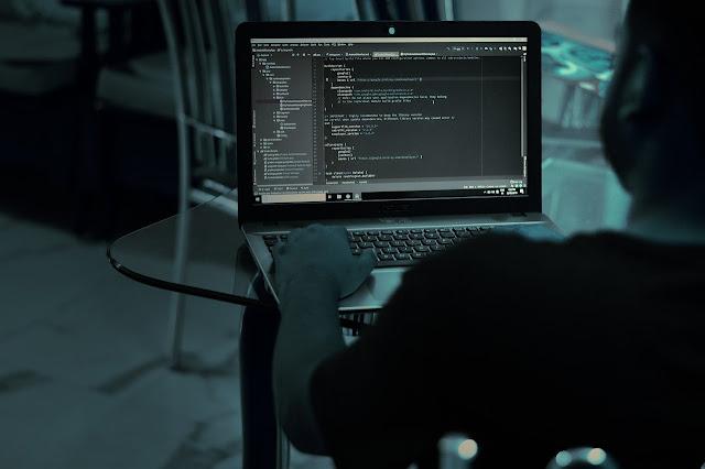 Bir yazılımcıya sorduk! #DijitalHayatlar