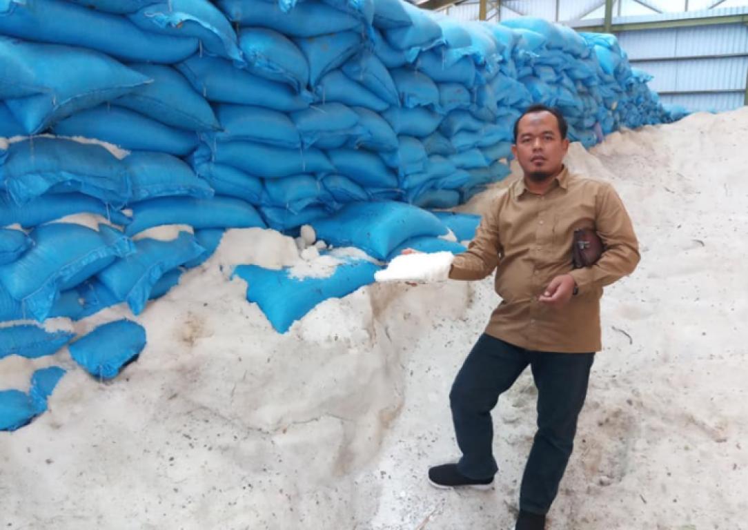 PKS: Pak Jokowi Katanya Benci Produk Asing, Kok Impor beras 1.5 Juta Ton?