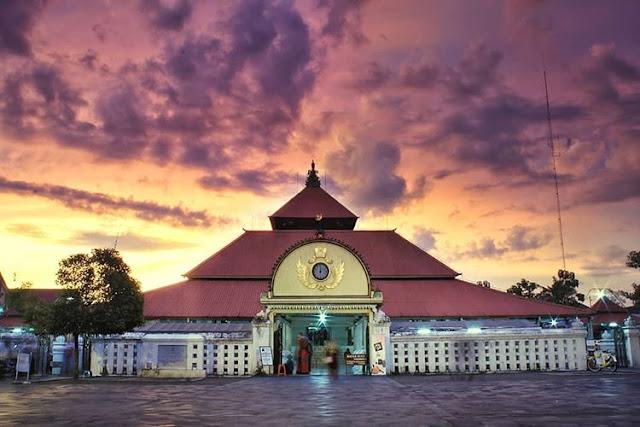 Masjid Gede Kauman Keraton Jogjakarta