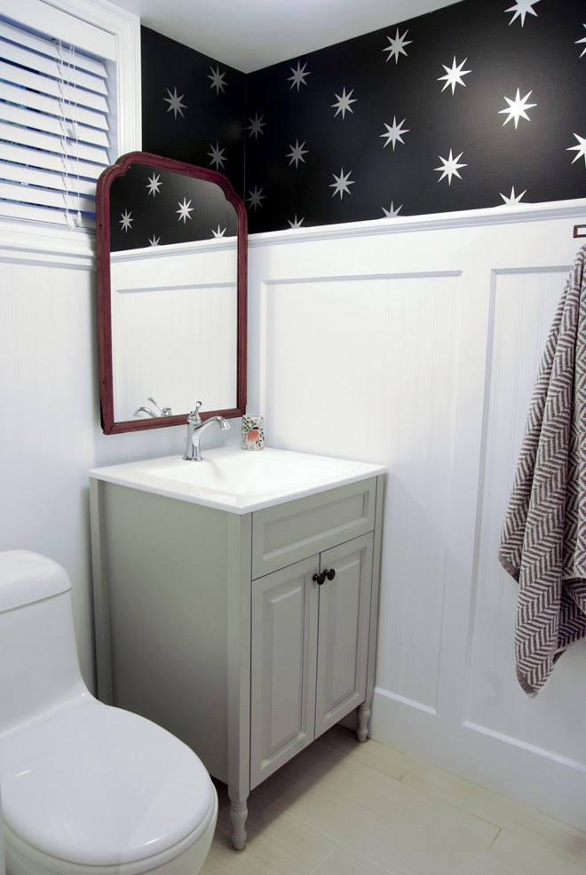 black wallpaper in the bathroom, coronata star wallpaper, black and white bathroom, vintage bathroom, grey vanity