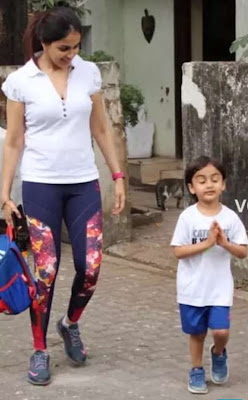 genelia d'souza with her Child on Road