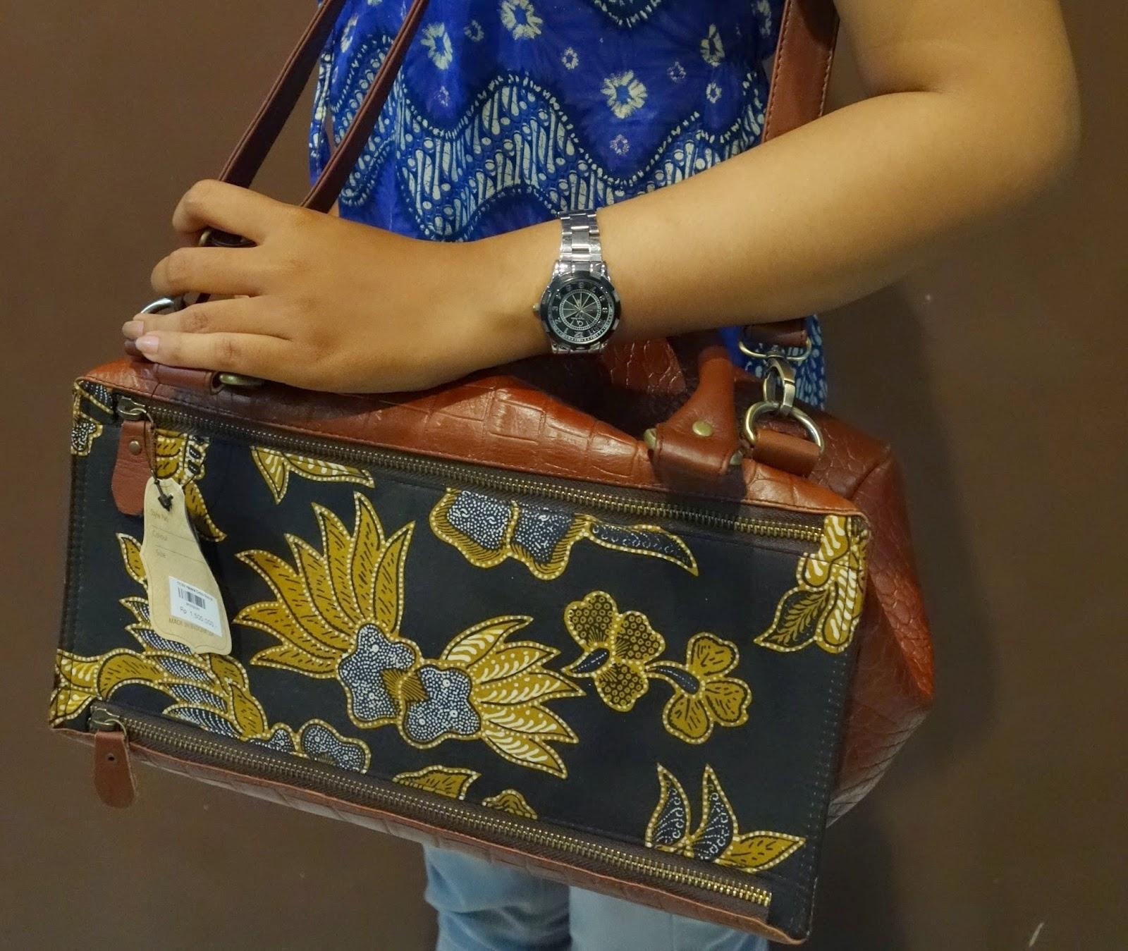 Aksesori Cantik Dari Batik Yang Mempesona, Tips Batik, Info Batik, Pola Batik, Desain Batik, Belanja Batik, Batik Semarang, Batik Jayakarta,