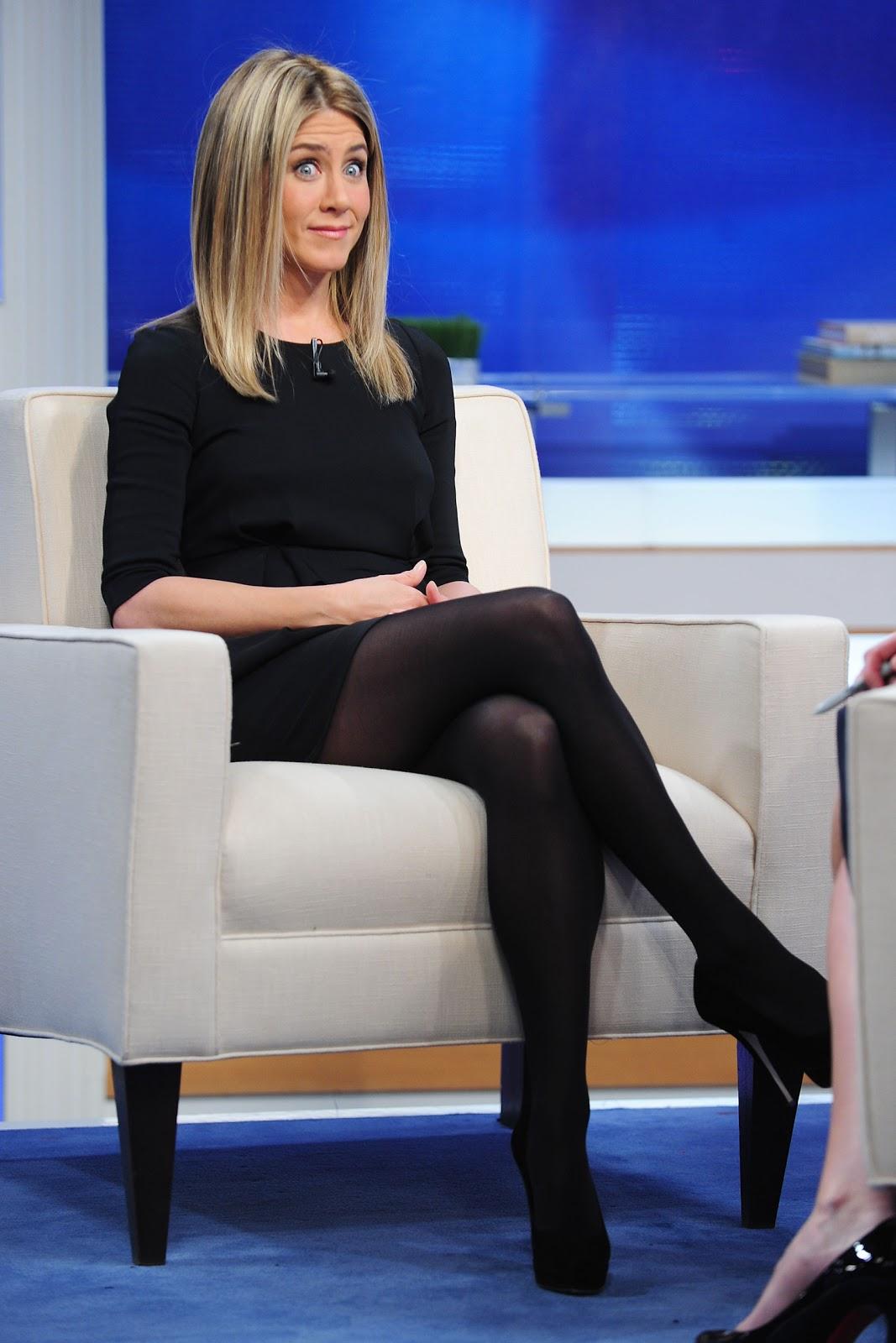Jennifer Aniston In Pantyhose 90