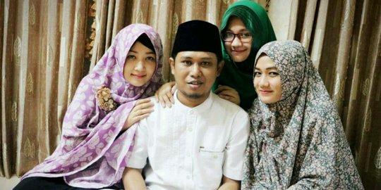 Punya 3 Istri Cantik Dan Shalehah, Begini Cara Lora Fadil Memberi Nafkah Batin